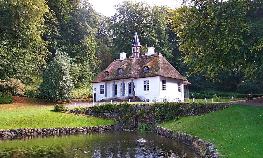 Liselund Slotspark